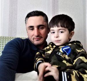 Şəhid Aqil Məlikov oğlu ilə